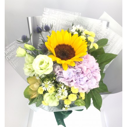 陽光繡球花束