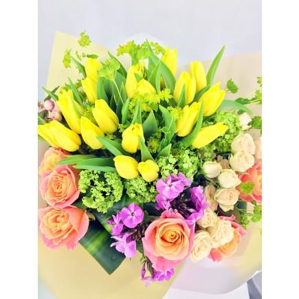 鬱金香玫瑰花束